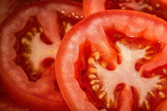 tomatoes-769999_640.jpg